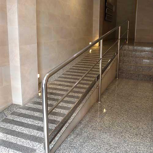 Barandas para discapacitados zona oeste zona norte pilar for Soluciones para escaleras