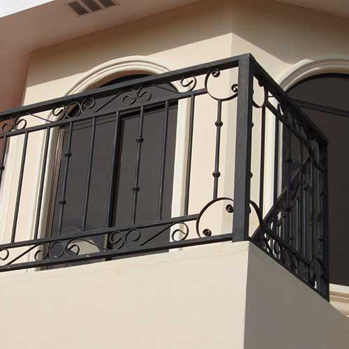 Barandas de vidrio templado zona oeste zona norte pilar for Toldos para balcones capital federal