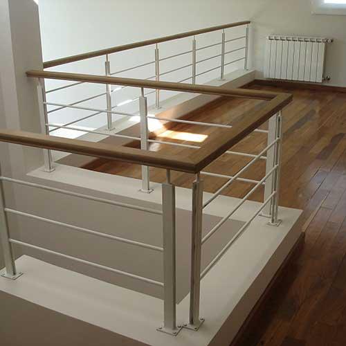 Escaleras de acero inoxidable barandas de hierro y madera - Barandas de escaleras de madera ...