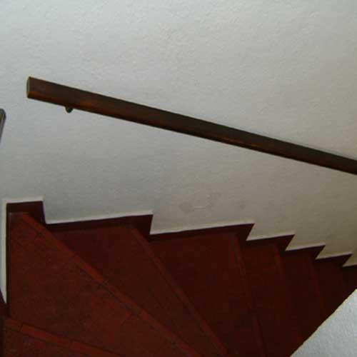 Pasamanos de acero y vidrio zona oeste zona norte pilar for Pasamanos de madera para escaleras interiores